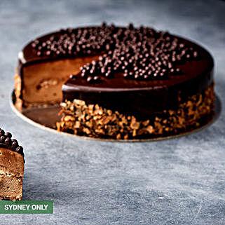 Ferrero Rocher Cake: Cake Delivery in Australia