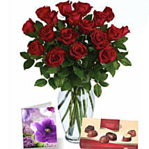 Red Roses N Chocolates Combo: Valentines Day Chocolates to Australia