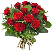 12 red roses: Gifts to Brampton