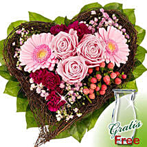 Flower Bouquet Herzenswunsch: Send Gifts to Dusseldorf
