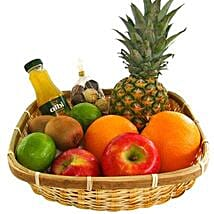 Our Vitamin Gift Basket: Christmas Gift Hampers to Germany