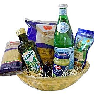 Vegetarian Pasta Gift Basket: Christmas Gift Hampers to Germany
