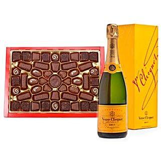 Champagne N Chocolates Hamper: Send Christmas Gifts to Hong Kong