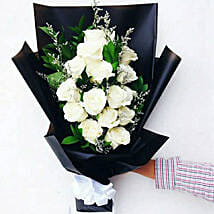 Elegant Rose Bouquet: Send Gifts to Indonesia