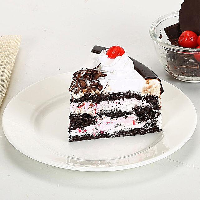 Rakhi with Blackforest Cake 2kg