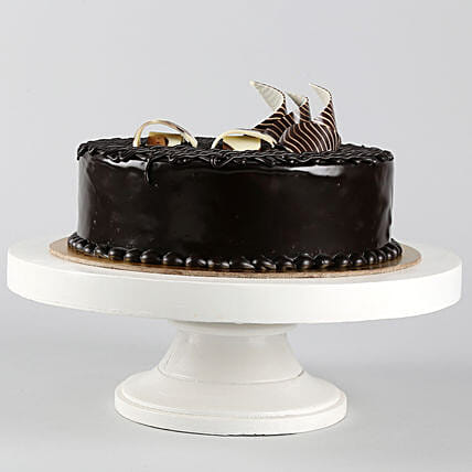 Rich Chocolate Splash Cake Half kg Eggless