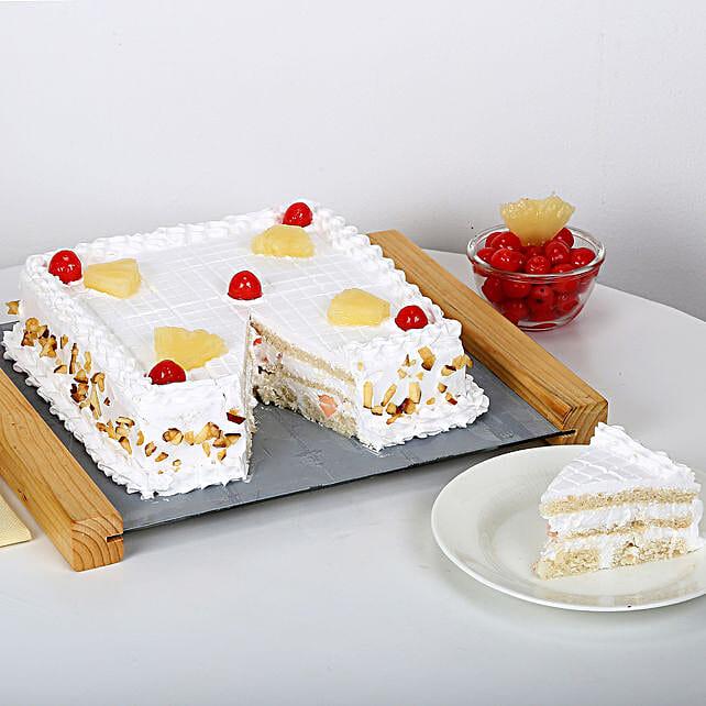 Special Fresh Fruit Cake Half kg Eggless