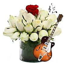 A Soulful and Melodious Present: Send Thanks Giving Day Flowers