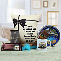 A Yummy Treat for Daddy: Send Gift Hampers to Hyderabad