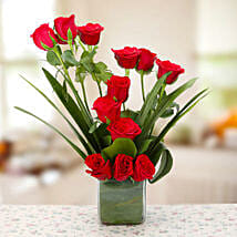Beautiful Red Roses Vase Arrangement: Flower Delivery in Dhule