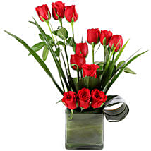 Beautiful Red Roses Vase Arrangement: Send Flowers to Aligarh