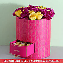 Box Of Roses & Carnations With Chocolates: Send Thanks Giving Day Flowers