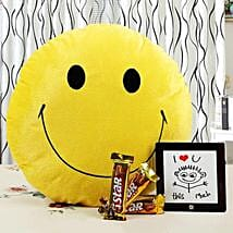Brighten Up Your Love With Smile: Friendship Day Gifts Mumbai