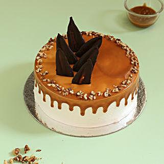 Caramel Walnut Cake: