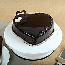 Chocolate Hearts Cake: Cakes to Mahesana