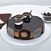 Chocolate Oreo Mousse Cake: Send Birthday Cakes to Nashik