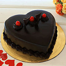 Chocolate Truffle Heart Cake: Romantic Heart Shaped Cakes