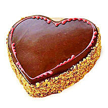 Chocolaty Heart Cake: Heart Shaped Cakes to Hyderabad