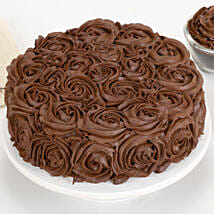 Chocolaty Rose Cake: Eggless Cakes to Kanpur