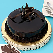 Chocolaty Truffle Cake: Send New Year Gifts to Ghaziabad