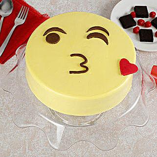 Cute Kiss Emoji Cream Cake: Butter Scotch Cakes