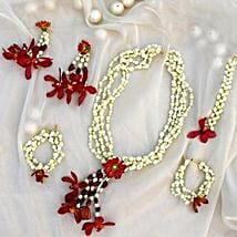 Delicate Floral Jewelry Set: Floral Jewellery