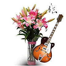 Delightful and Musical Surprise for Beloved: Teachers Day Flowers