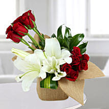 Delightful Flowers Vase Arrangement: Lilies