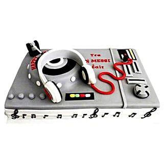 DJ Special Cake: Cakes for Him