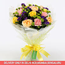 Flamboyant Rose Bouquet: Mixed Flowers