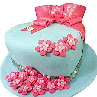 Fondant Hat Cake: Cakes for Sister