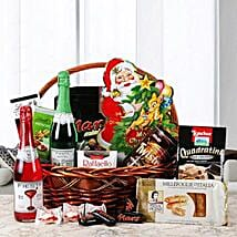 Fresh and Festive Holiday: Gift Hampers Hyderabad