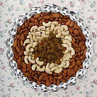 Going Gaga over Nuts: Karwa Chauth Gifts Jaipur