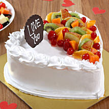 Heart Shaped Vanilla Fruit Cake: Heart Shaped Cakes for Valentine
