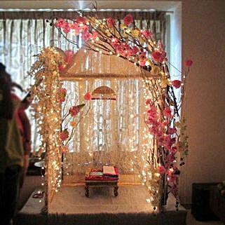 Illuminating Ganpati Decoration: Ganesh Chaturthi Gifts