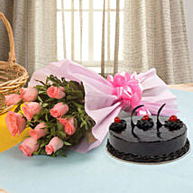Illustrious Love Combo: Send Birthday Cakes to Aligarh