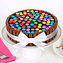 Kit Kat Cake: Send New Year Cakes to Pune