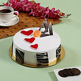 Little Hearts Strawberry Cake: