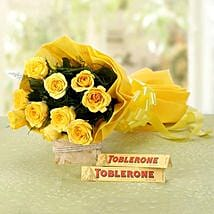 Mesmerizing Love: Yellow Roses