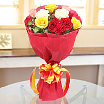 Mixed Roses Romantic Bunch: Flowers to Aligarh