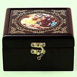 Nestle Kit Kat In Personalised Box: Raksha Bandhan Chocolates