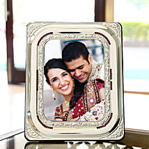 Personify your Memories: Personalised Photo Frames for Him