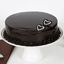 Rich Velvety Chocolate Cake: Send Romantic Chocolate Cakes