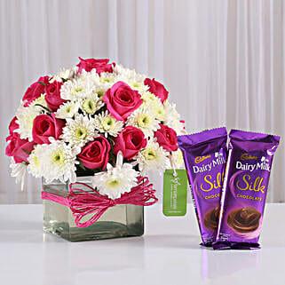 Roses & Daisies Vase with Dairy Milk Silk: