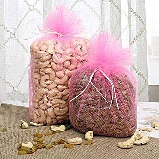 Satiate The Cravings: Send Diwali Gifts for Friend