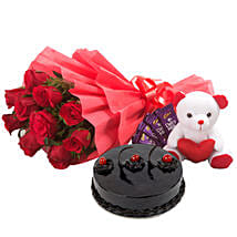 Special Flower Hamper: Send Gifts to Mapusa