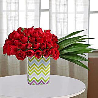 Spectacular Roses Arrangement: Flowers to Pune