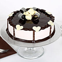 Stellar Chocolate Cake: Send Anniversary Cakes to Noida