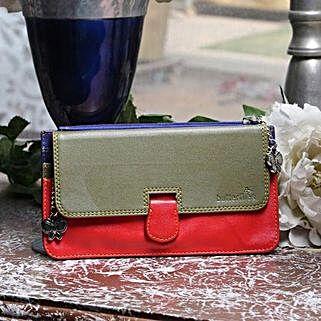 Style On Go: Buy Handbags