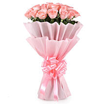 Stylish Pink Roses Bouquet: Flowers to Aligarh